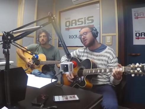 El Marshall y Piccini interpretaron 'Aún sigo cantando', de Los Enanitos Verdes