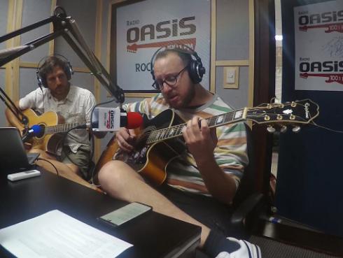 El Marshall y Piccini interpretaron 'Cuando llora mi guitarra' en memoria a Augusto Polo Campos (VIDEO)