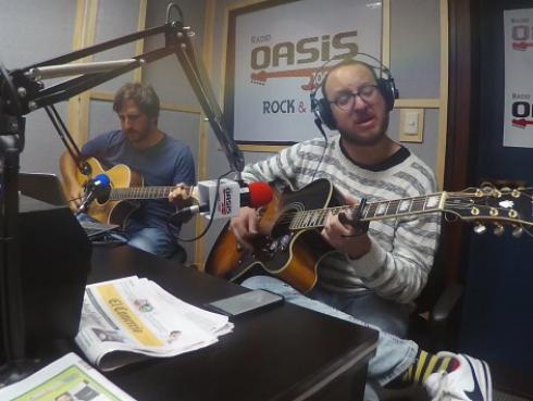 El Marshall y Piccini interpretaron 'Here comes the sun', de The Beatles
