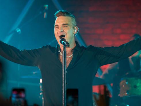 El método de Robbie Williams para dejar de fumar