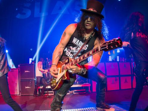 La contribución de Slash, de Guns N' Roses, al 'Halloween Horror Night' de Universal Studios