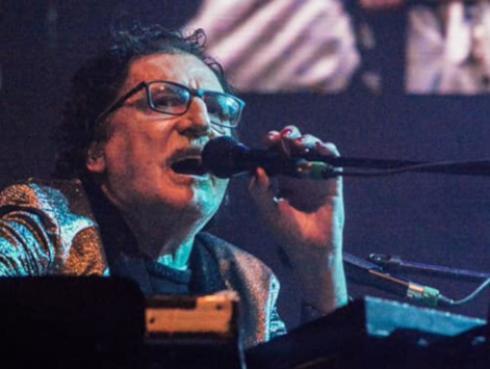 Charly García fue distinguido por autoridades de Rosario