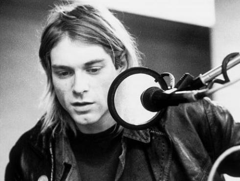 Hija de Kurt Cobain sorprende al componer canciones