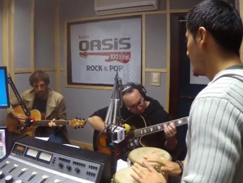 #Fogatera: El Marshall y Piccini interpretaron 'La Flaca', de Jarabe de Palo