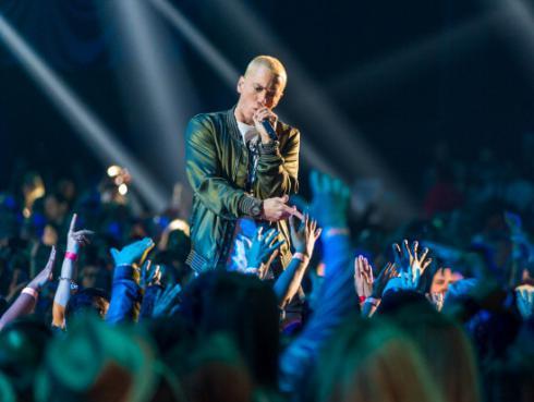 Eminem manda duro mensaje a Donald Trump en nueva colaboración [VIDEO]