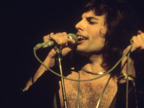 Revive la presentación de Freddie Mercury en el festival La Nit 1988