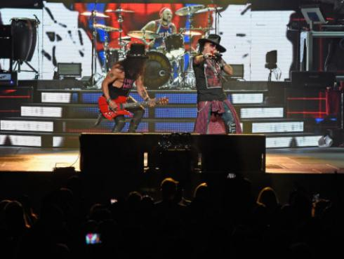 En Brasil aseguran que Guns N' Roses encabezará el festival Lollapalooza 2020