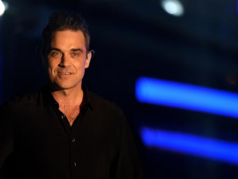 Robbie Williams lanza sencillo 'I just want people to like me'