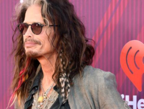 Esta es la mujer que le robó el corazón al líder de Aerosmith