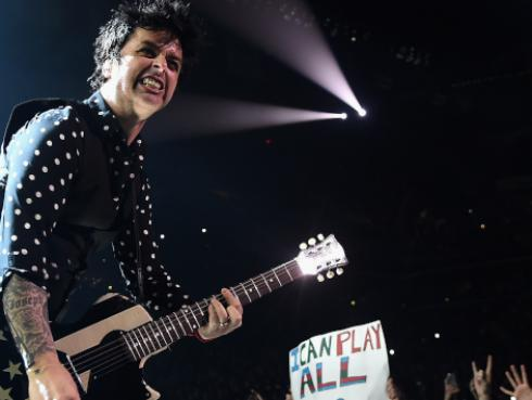 Hace 14 años Green Day lanzó 'American Idiot'