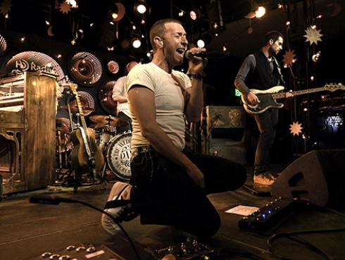 Estrenan documental de Coldplay en plataforma digital