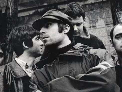 Ex integrante de Oasis comparte fotos inéditas de la banda
