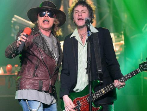 Exbajista de Guns N' Roses asegura que Axl Rose
