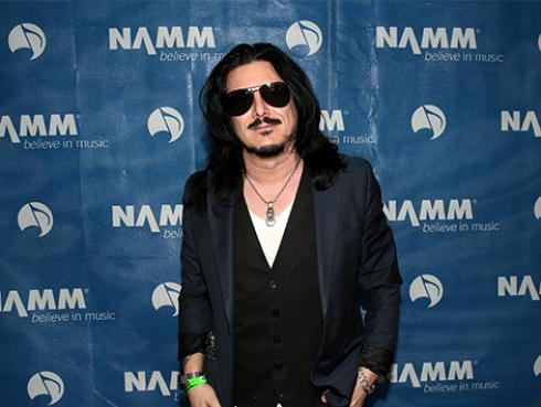 Exintegrante de Guns N' Roses habla de la poca unión que hay en la banda