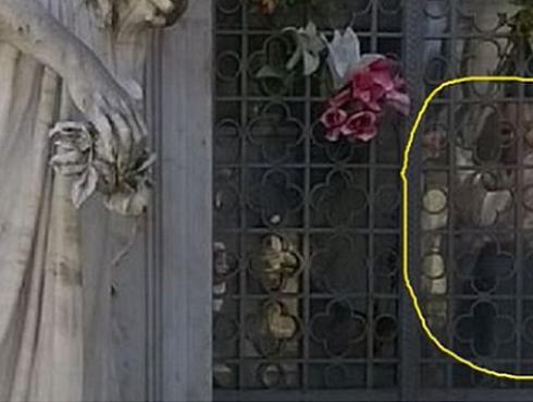 ¡Supuesto fantasma es fotografiado en cementerio!