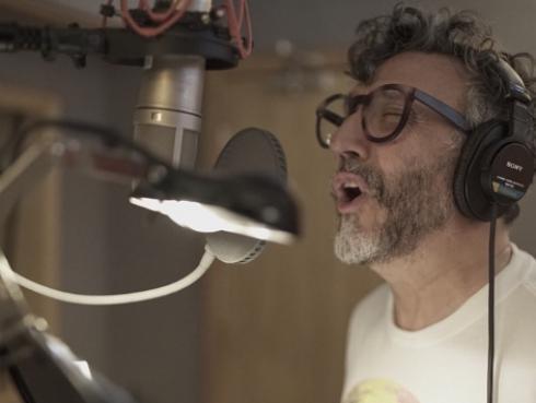 Fito Páez explica el significado de las canciones de su nuevo disco La conquista del espacio