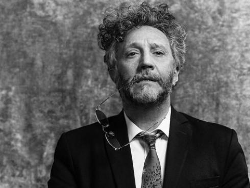 Fito Páez honra el legado de famoso músico y actor argentino