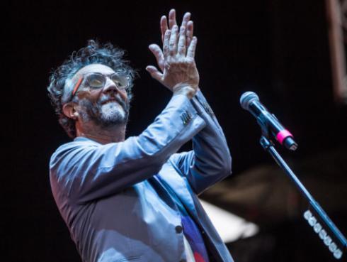 Fito Páez rinde homenaje a João Gilberto, uno de los creadores de la bossa nova