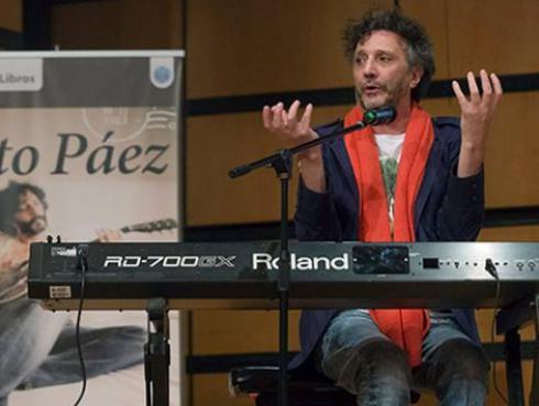 Fito Páez tocó en refugio de Argentina