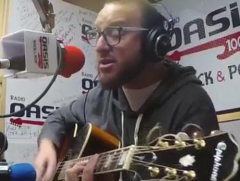 #Fogatera: El Marshall interpretó 'Agua', de Jarabe de Palo