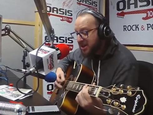 #Fogatera: El Marshall interpretó 'Para no verte más', de La Mosca Tsé-Tsé