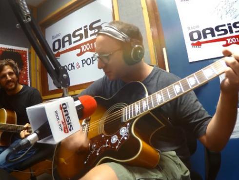 #Fogatera: El Marshall y Piccini interpretaron el tema 'Prófugos' de Soda Stereo [VIDEO]