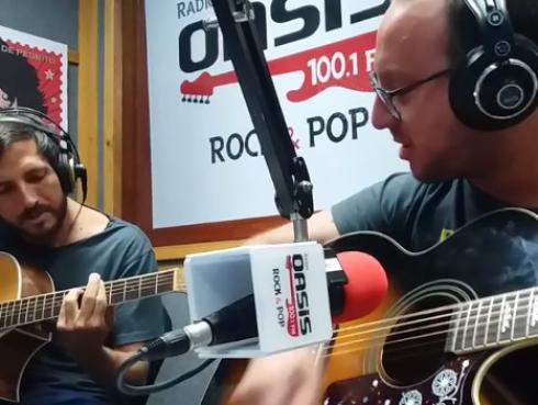 #Fogatera: El Marshall y Piccini interpretaron 'Jamming' de Bob Marley [VIDEO]