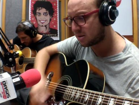 #Fogatera: El Marshall y Piccini interpretaron 'Todas las hojas son del viento' por el cumpleaños de Luis Alberto Spinetta [VIDEO]