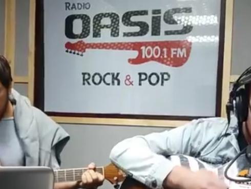 #Fogatera: El Marshall y Piccini interpretaron 'Crazy', de Gnarls Barkley