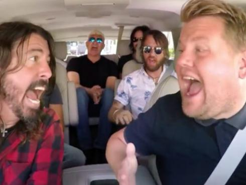 Foo Fighters cantó sus clásicos en 'Carpool Karaoke' por 13 minutos [VIDEO]