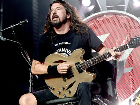 ¡Foo Fighters demanda a compañía de seguros!