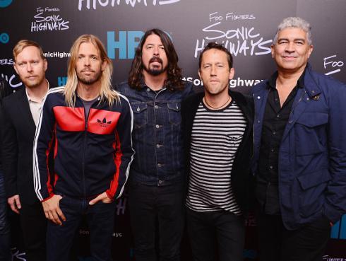 Foo Fighters regresó a los escenarios junto a estrellas de Kiss, Sex Pistols y más [VIDEOS]
