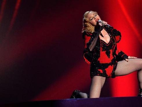 Foto revelaría que Madonna grabó un tema con Ariana Grande