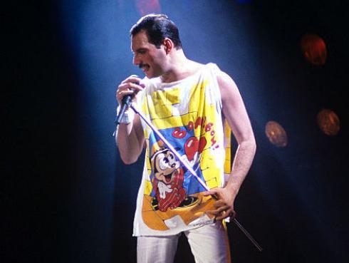 ¿Freddie Mercury odiaba su dentadura?