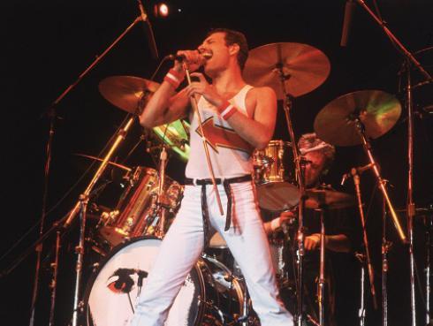 ¿Freddie Mercury y David Bowie cantando a capella? Tienes que oírlo