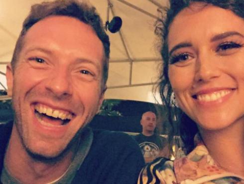 Gala Brie se lució como telonera de Coldplay [FOTOS Y VIDEO]