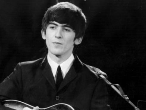 5 razones para amar a George Harrison [VIDEOS]