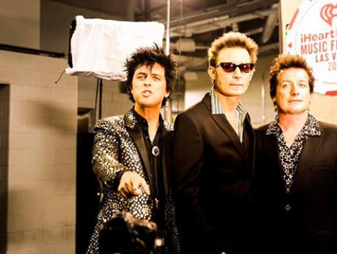 Green Day: la banda firma contrato con la NHL para que sintonicen su música