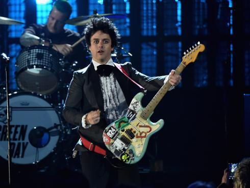 ¡Green Day confirma gira para promocionar 'Revolution Radio'!
