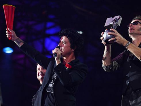 Green Day se lleva un MTV EMA a Mejor Artista Rock