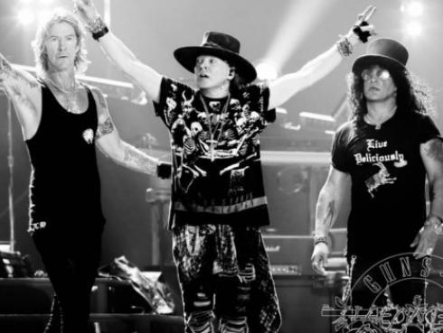 Esto es lo que hacen los Guns N' Roses minutos antes de iniciar un show [VIDEO]