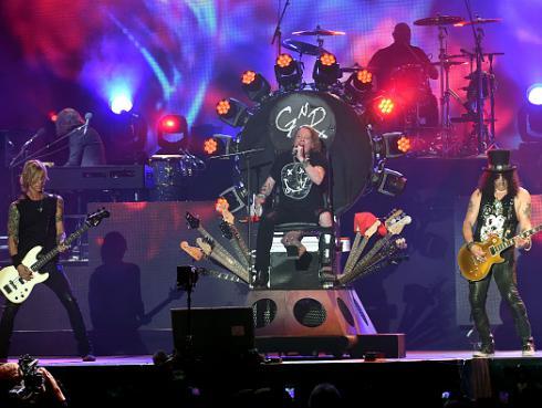 Así fue el esperado concierto de Guns N' Roses en el festival Coachella [FOTOS Y VIDEOS]