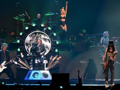 Guns N' Roses se disculpó con público de Melbourne por equivocación durante concierto