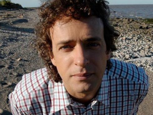 Hijo de Gustavo Cerati enfurece tras comparaciones con su padre