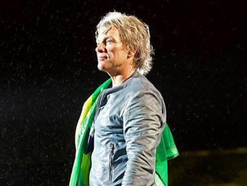 Jon Bon Jovi abre tercer restaurante comunitario