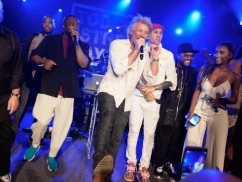 Jon Bon Jovi brindará concierto en crucero