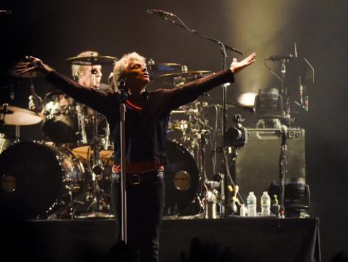 Jon Bon Jovi celebra el regreso de Mick Jagger