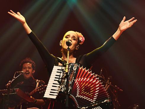 Julieta Venegas participó en nuevo tema de Paulino Monroy