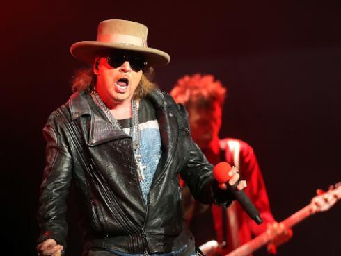 Guns N' Roses termina concierto por problemas de salud de Axl Rose