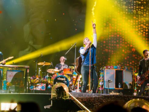La banda BTS sueña con cantar junto a Coldplay